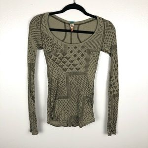 FREE PEOPLE thermal waffle style Aztec top
